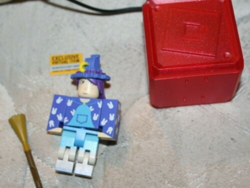Roblox Series 5 Mystery Box 2020 Roblox Celebrity Series 5 Mystery Box Figure Yozoh Includes Code New Buy Products Online With Ubuy Jordan In Affordable Prices 254515042437